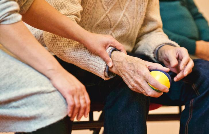 Digitale Plattform für häusliche Pflege