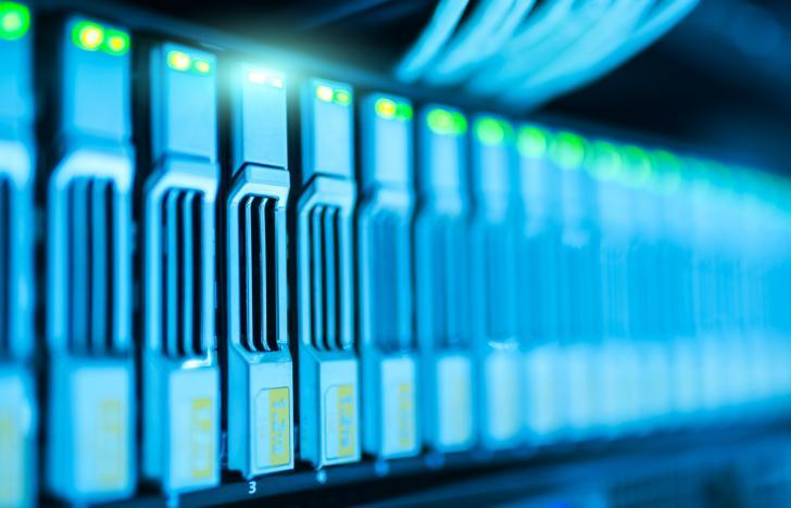 Cloud-Initiativen für IoT-Anwendungen und branchenspezifische Nutzung